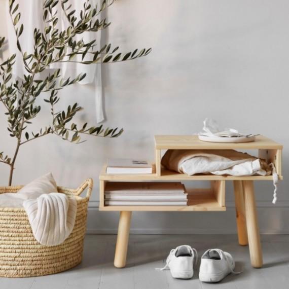 Drewniany stolik HAKO od Karup